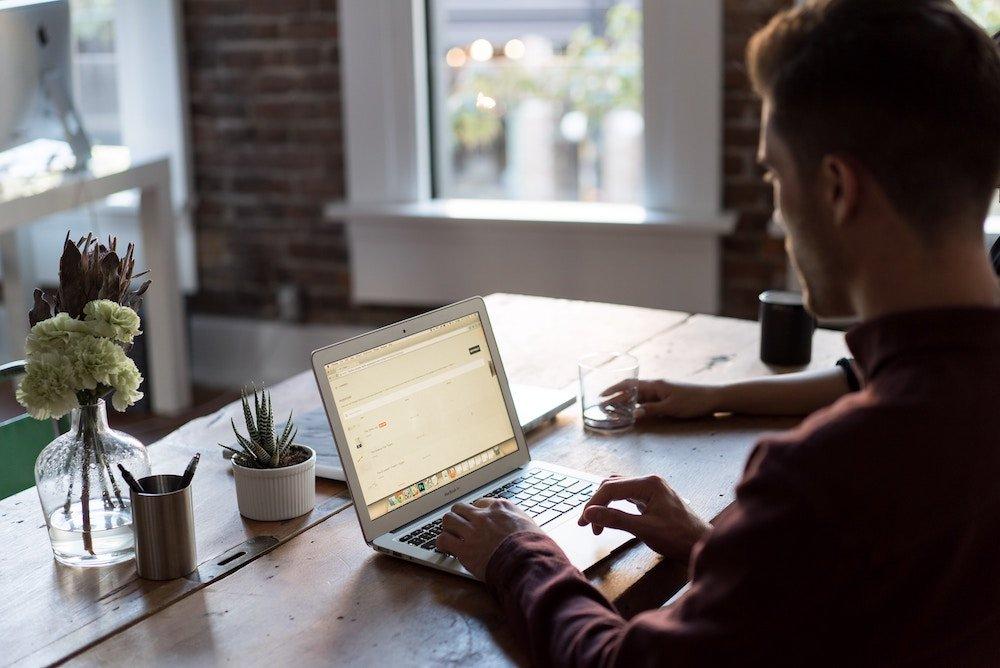 cómo escribir una declaración de misión para sus empleados